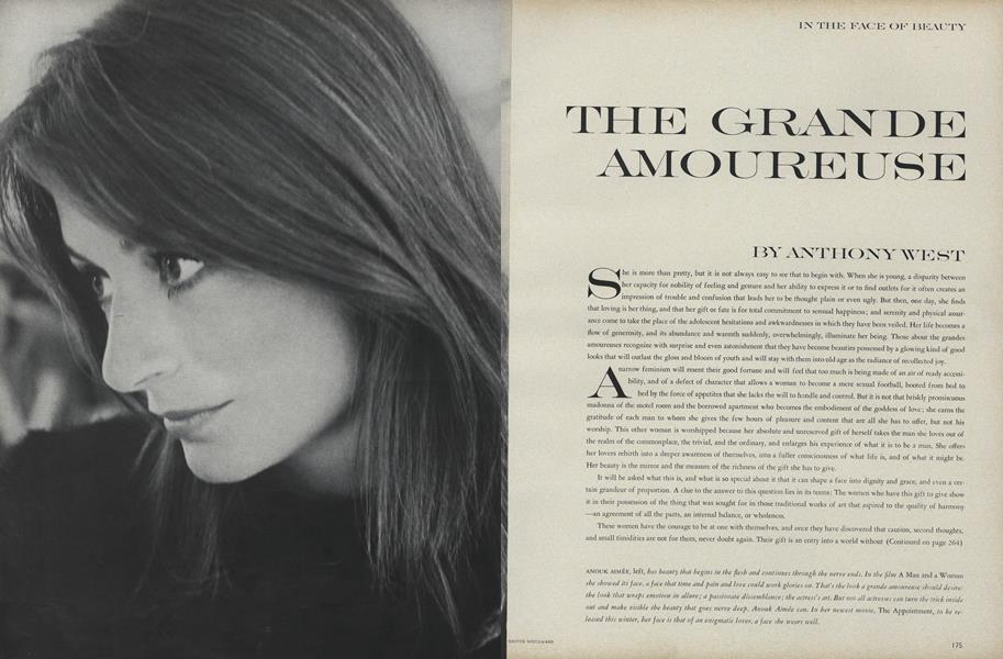 In the Face of Beauty: The Grand Amoureuse